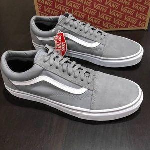 Gray Old Skool Leather Vans
